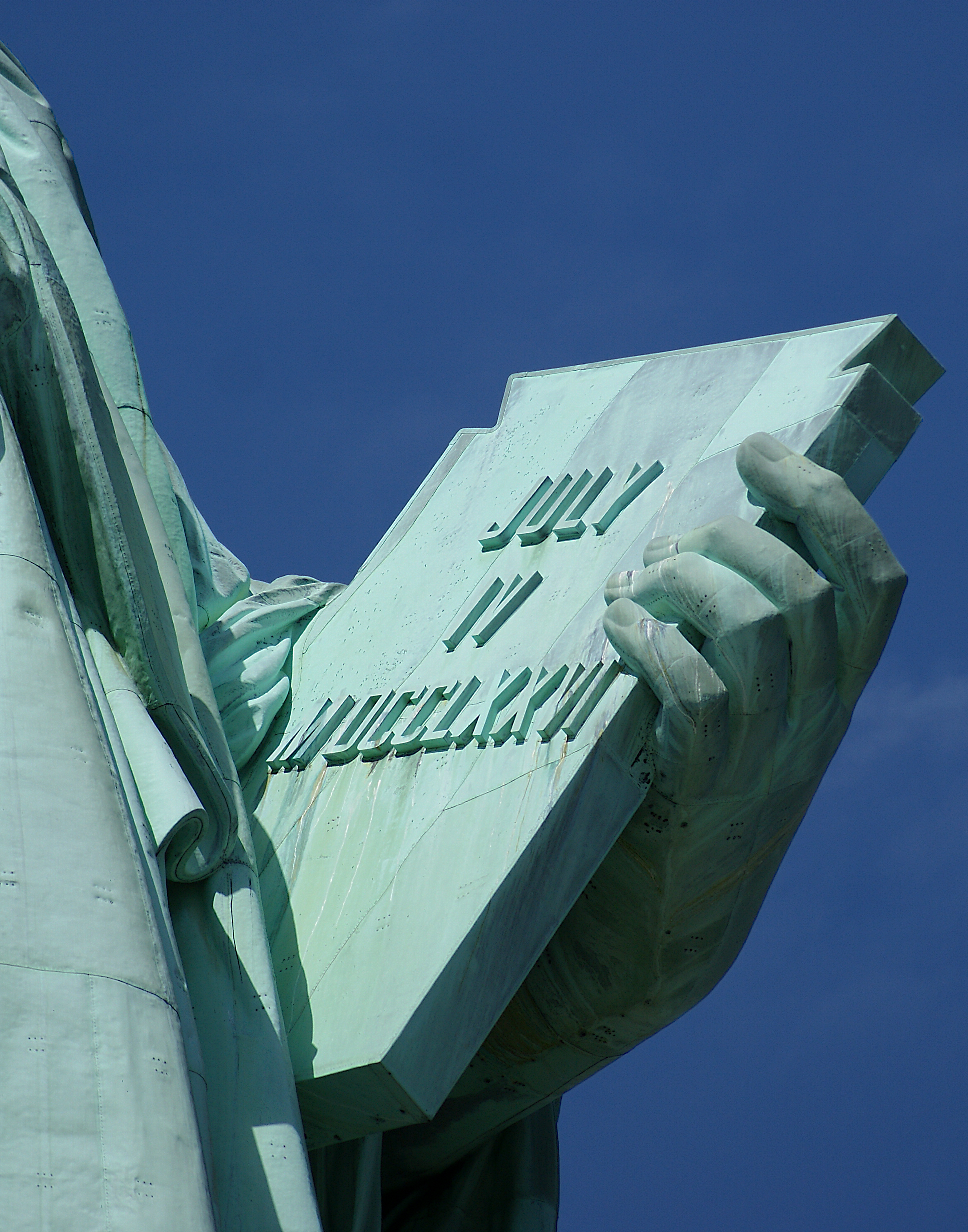 Statue_Of_Liberty_Tablet